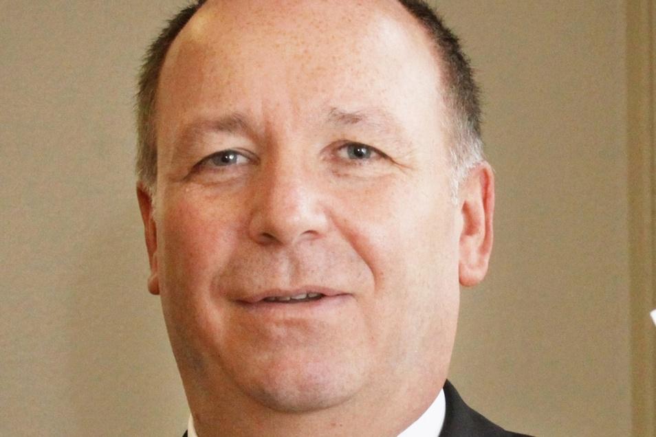 Reiner Striegler ist seit 2008 Geschäftsführer der Wohnungsgesellschaft Nünchritz, die zu Bruchteilen der Gemeinde gehört.
