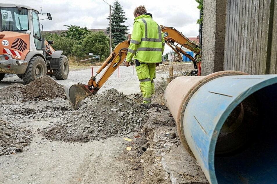 Ein geplantes Straßenbauprojekt des Landkreises Bautzen kritisiert die Kreistagsfraktion der Grünen heftig.