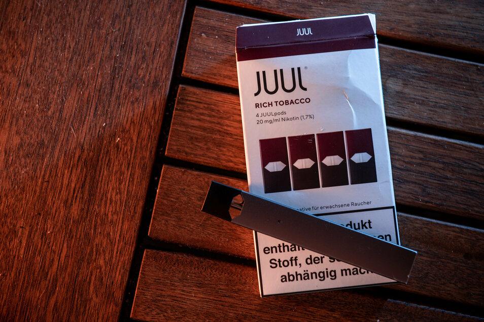 Der us-amerikanische E-Zigarettenhersteller Juul wirft in Deutschland das Handtuch.