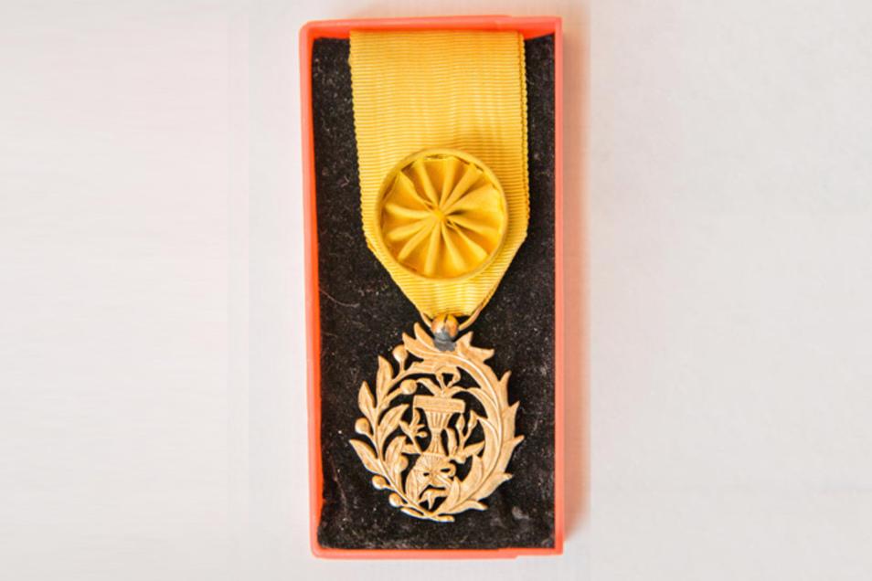Dieser Orden wurde ihm von Kambodschas Staatschef verliehen.