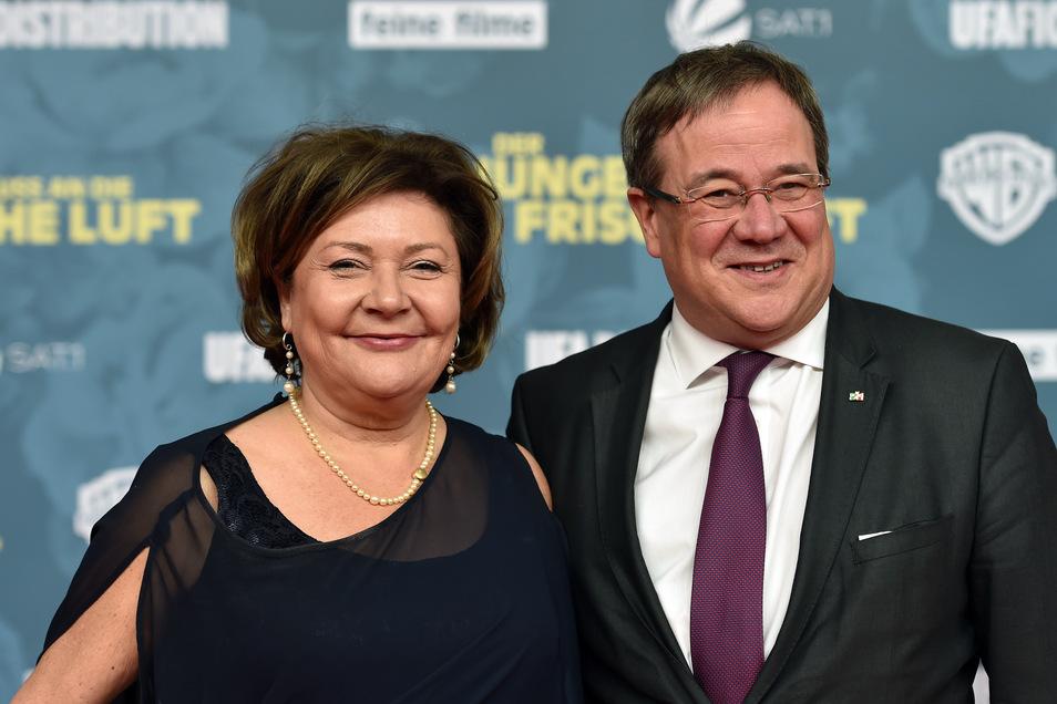 NRW-Ministerpräsident Armin Laschet (CDU) und seine Frau Susanne bei einer Filmpremiere. Das Bild stammt aus dem Jahr 2018.