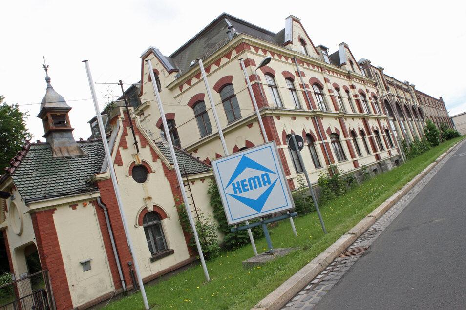 Zieht die BMS Stahlbau in eines der ehemaligen Kema-Gebäude in der Südstadt?