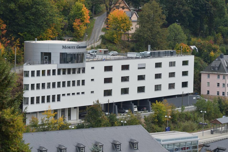 Die Glashütter Uhrenfirma Grossmann lädt zu einem Virtuellen Rundgang durchs Gebäude ein.
