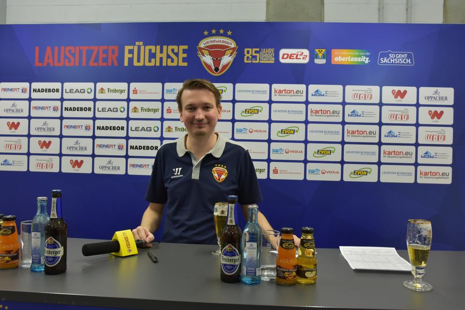 So kennen ihn die Journalisten: Branko Frischke moderiert auch die Pressekonferenzen nach den Heimspielen.