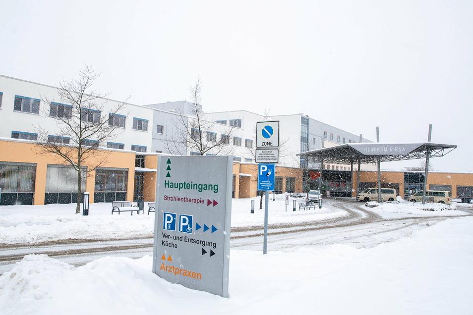 Wie das Helios-Klinikum in Pirna gehen alle Krankenhäuser im Landkreis wieder Schritt für Schritt zum Normalbetrieb über.