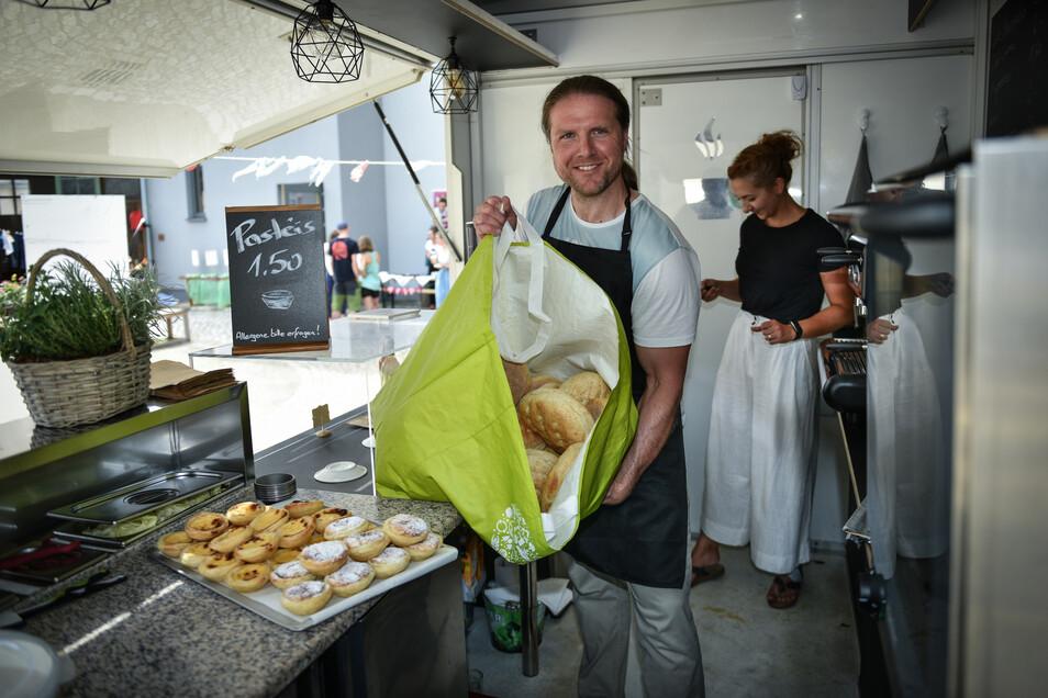 Mit seinem Kaffeemobil möchte Tilo Boldog vom Cafe Canela möglichst wenig Müll produzieren.