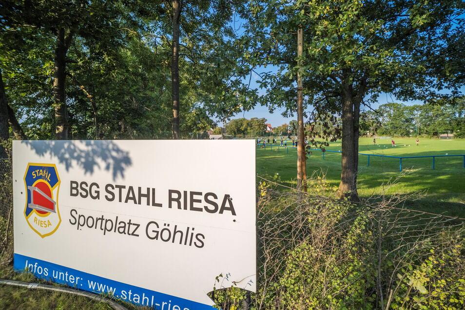 Sportplatz Göhlis – diese recht nüchterne Bezeichnung trägt die Spielstätte der Fußballer von Stahl Riesa am Rande der Stadt seit Jahren. Das könnte sich demnächst ändern.