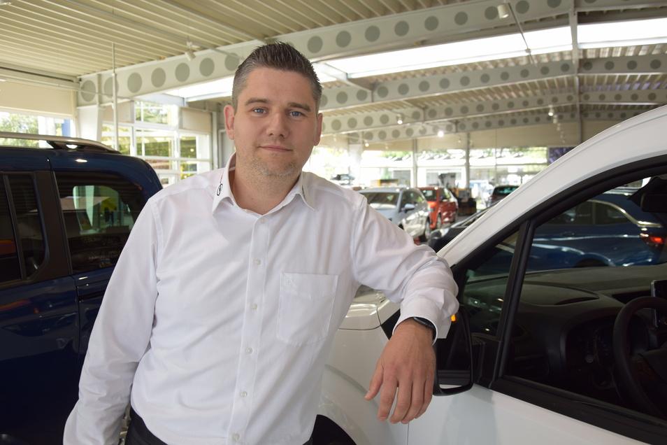 André Wendt leitet die Gewerbekunden-Abteilung beim Autohaus Dresden.