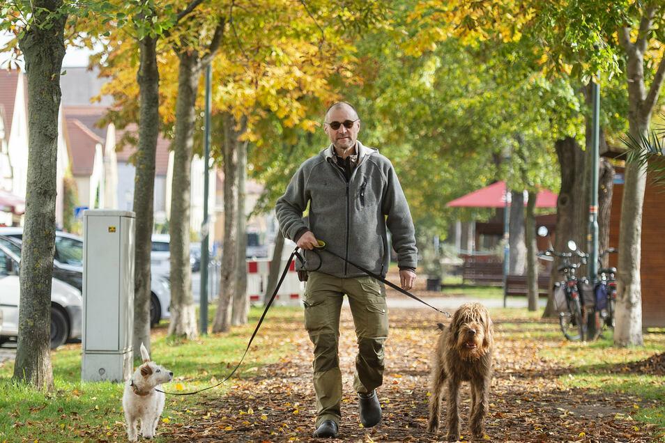 Bodo Pietsch ist Jagdpächter in Radebeul. Mit seinen benachbarten Kollegen sorgt der ausgebildete Fachmann für ein gesundes Gleichgewicht der freilebenden Tierwelt in und rund um die Stadt.