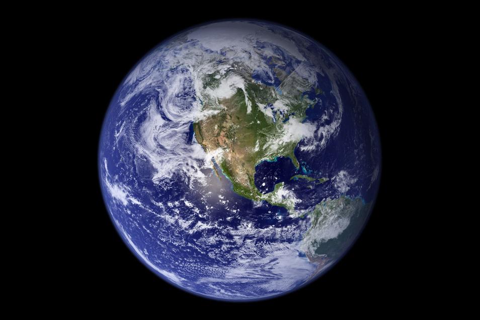 Die westliche Hemispähre der Erdkugel. Seit 1970 sind mehr als 90 Prozent der Erderwärmung in die Ozeane geflossen.