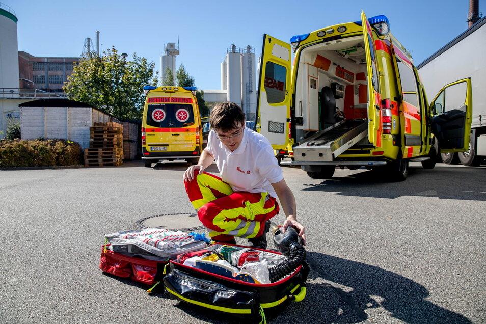 Damit es im Notfall klappt, muss das Retten und Helfen von Zeit zu Zeit geübt werden.