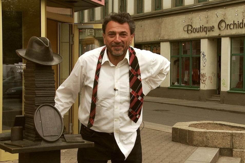 """So bleibt er im Gedächtnis: Der Dresdner Kabarettist Olaf Böhme drehte 2008 seinen Film """"Stadtrundgang mit dem betrunkenen Sachsen""""."""