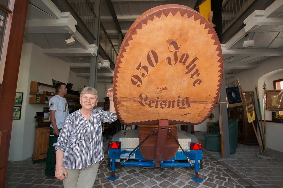 Bärbel Kidara freut sich, dass sie im Stiefelmuseum Leisnig wieder für die Gäste da sein kann.