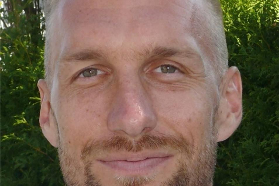 Nummer 3, Antonín Rosa (31), Abwehr, Tschechien