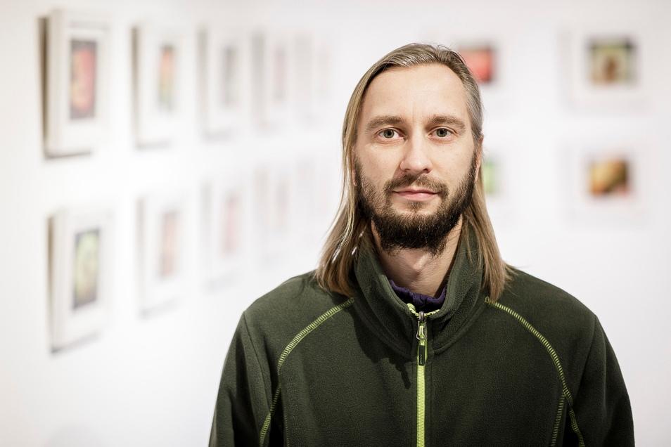 Sascha Röhricht vom Görlitzer Wildwuchs Verein ist Drahtzieher der Baumaktion. Er führt sie zusammen mit dem BUND durch.