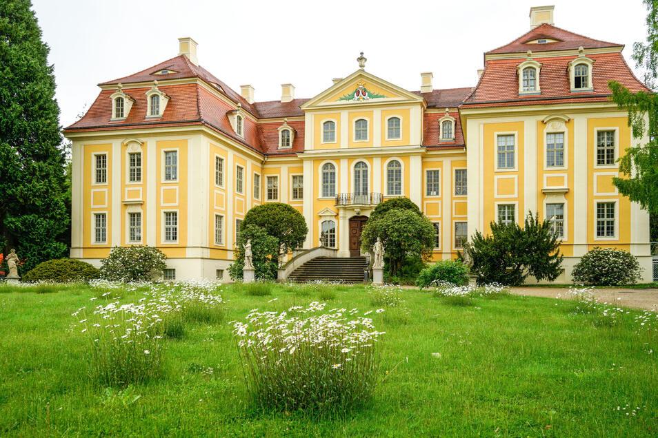 Besucher können das Barockschloss Rammenau derzeit auf eine ganz neue Art und Weise entdecken.