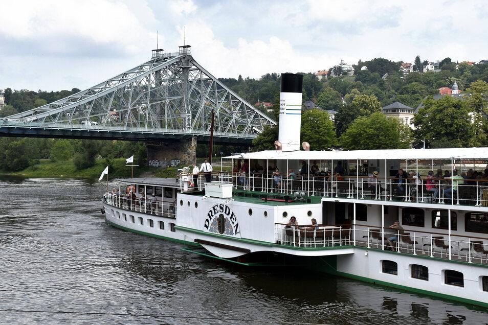Die Tour zum Blauen Wunder und zurück gehört zu den besonders erfolgreichen Angeboten der Flotte.