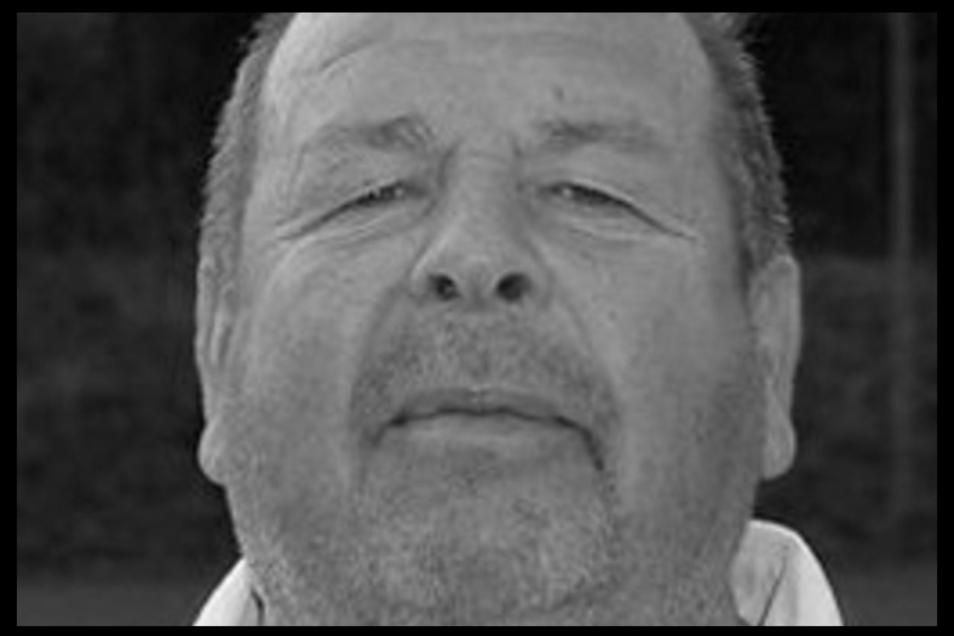 Christian Bahndorf, der Mannschaftsleiter vom SV Neueibau, ist Ende Januar verstorben.