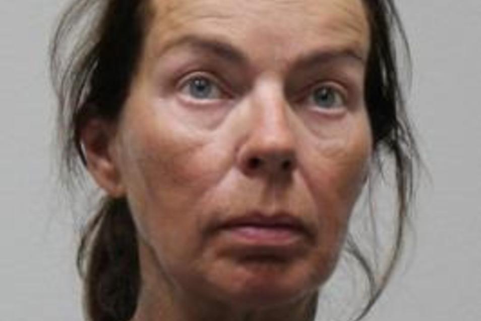Wer kennt diese Frau? Die Polizei bittet die Bevölkerung bei der Klärung der Identität der Verstorbenen um Mithilfe.