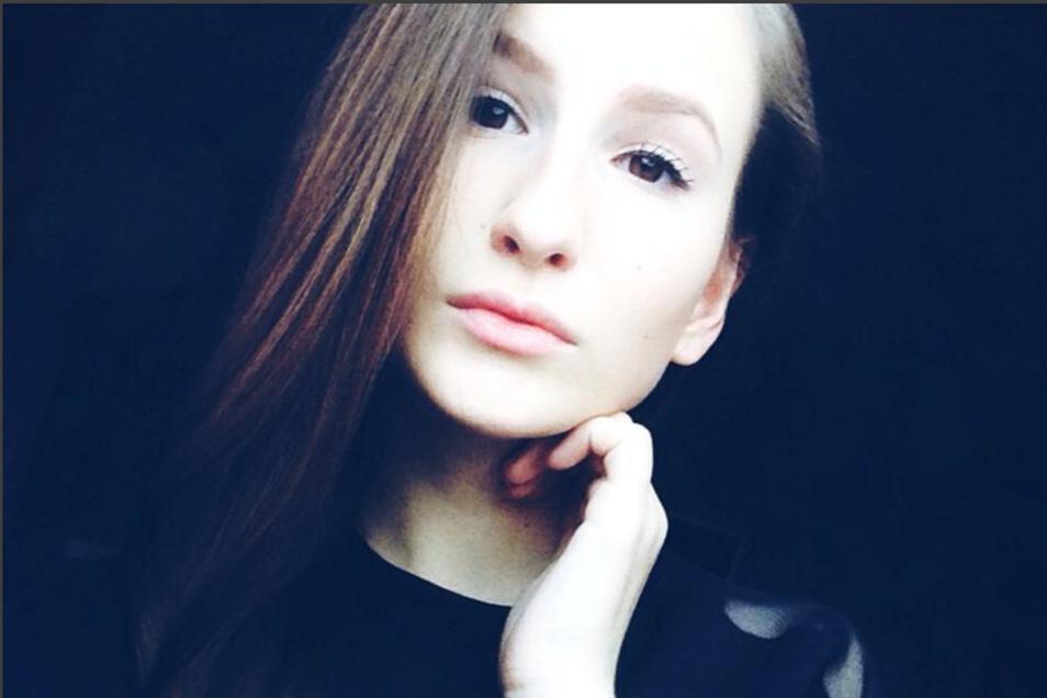 Leonora, ein ganz normaler Teenager.