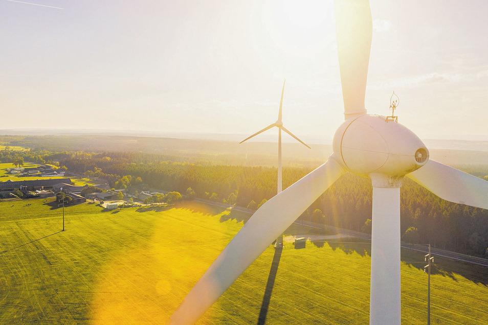 Wind- und Sonnenenergie bringen sauberen Strom und sind unersetzlich für eine erfolgreiche Energiewende.