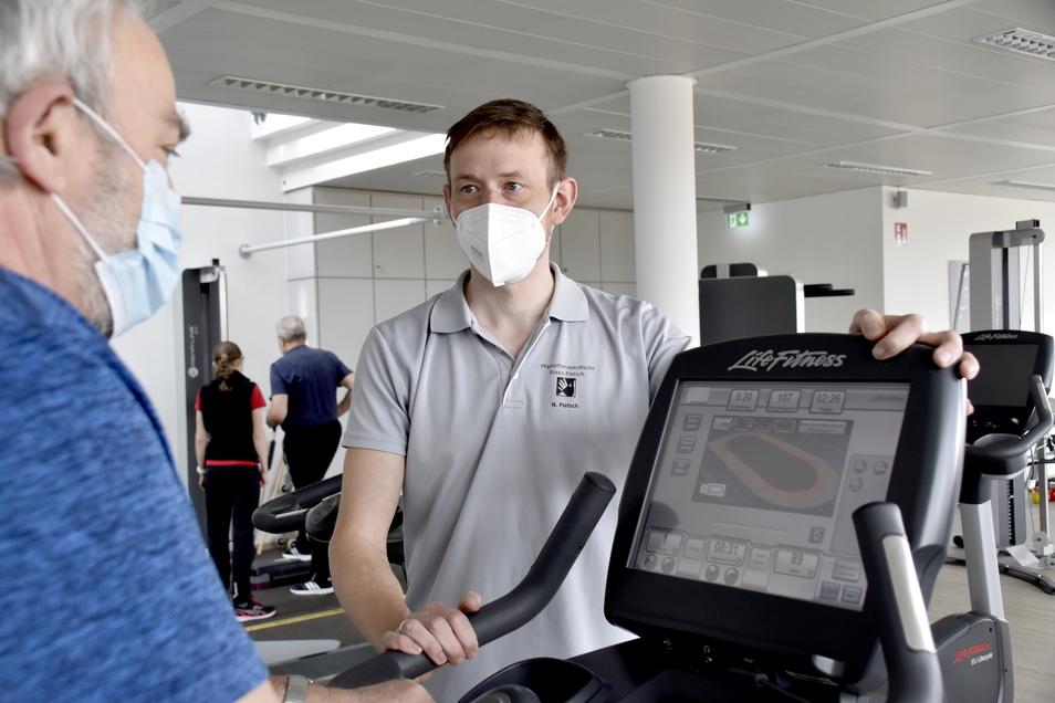 Norbert Pietsch hat im November eine neue Physiotherapie am Bergener Ring in Ottendorf eröffnet. Behandlungen gibt es derzeit nur auf Rezept.