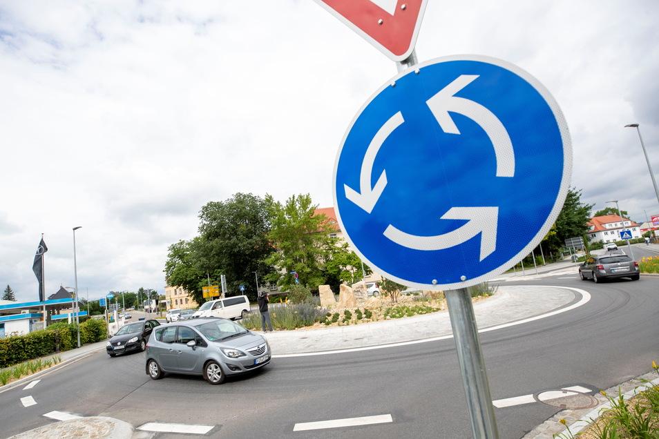 Neuer Kreisverkehr in Pirna: einen gefährlichen Knotenpunkt entschärft.