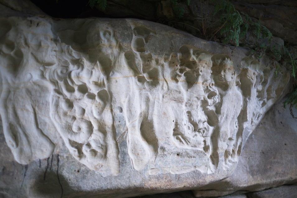 An diesem Sandsteinrelief arbeitete Matthias Jackisch im letzten Sommer mehrere Wochen.
