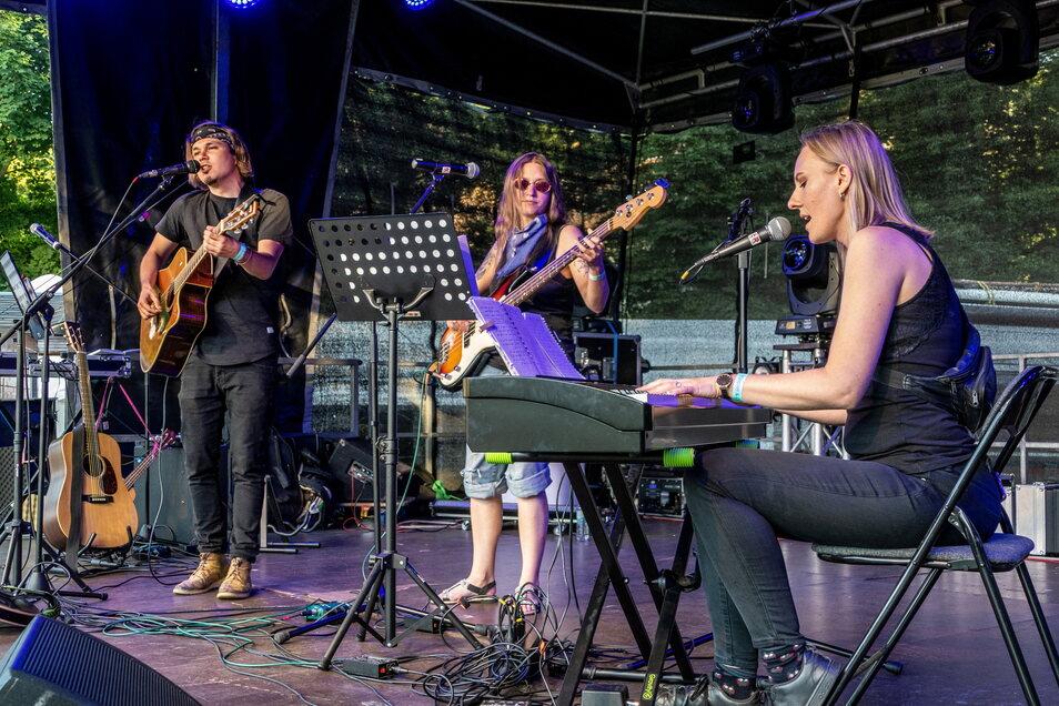 Beim Finalkonzert des Singer-Songwriter-Sommercamps brachten die Künstler 13 Songs zu Gehör.