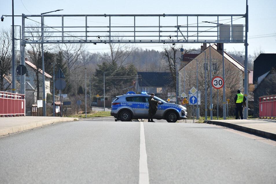 Zu: Grenzübergang in Hagenwerder