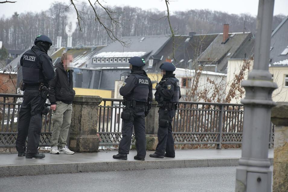 Auch die Bundespolizei ist im Einsatz.