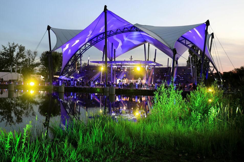 Ungewöhnlicher Ort für einen Boxabend: Auf der Magdeburger Seebühne gab es im Juli die Premiere.