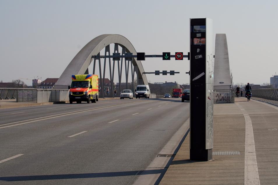 Stark zurückgegangen war der Verkehr auf der Waldschlößchenbrücke bei den vergangenen Lockdowns.