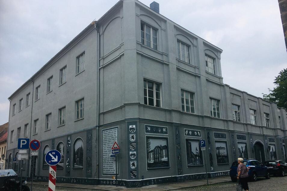 Das Gesellschaftshaus in Großenhain. Hier gingen die Einwohner zwischen dem Ersten und Zweiten Weltkrieg ins Theater. Das Kulturzentrum Krone gab es noch nicht.