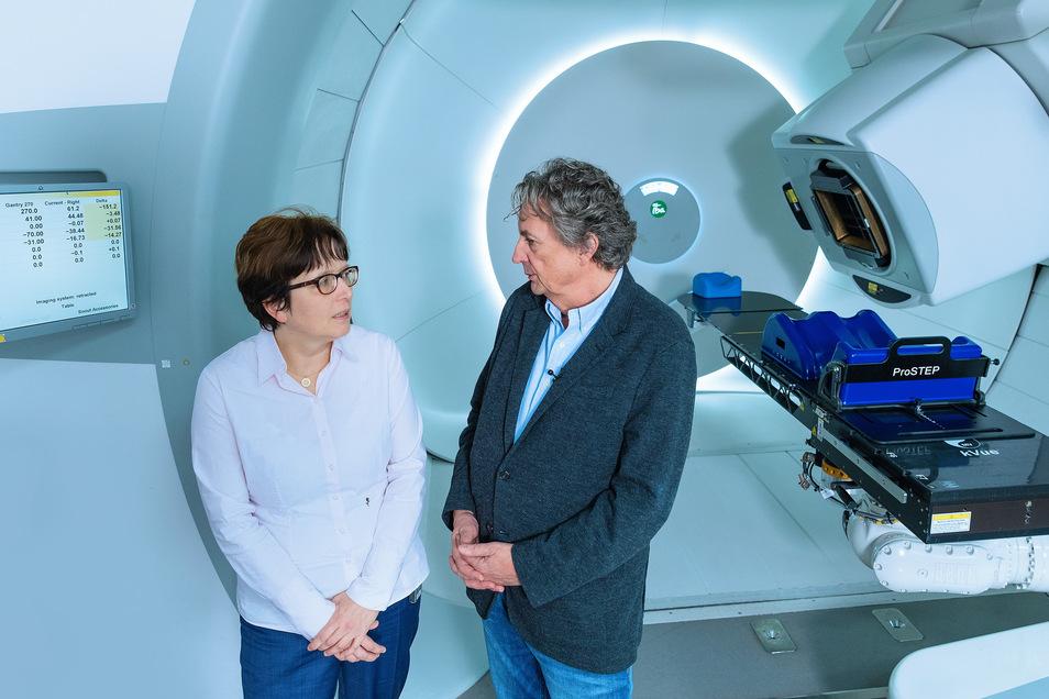 Die Bestrahlung selbst dauert nur wenige Sekunden, aber die Vorbereitung jedes Mal eine halbe Stunde oder sogar länger.