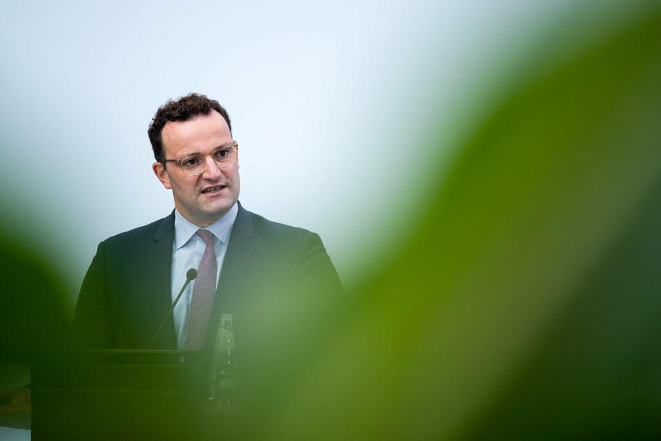 Vor der Bundestagswahl will Gesundheitsminister Jens Spahn (CDU) noch eine Pflegereform durchbringen.