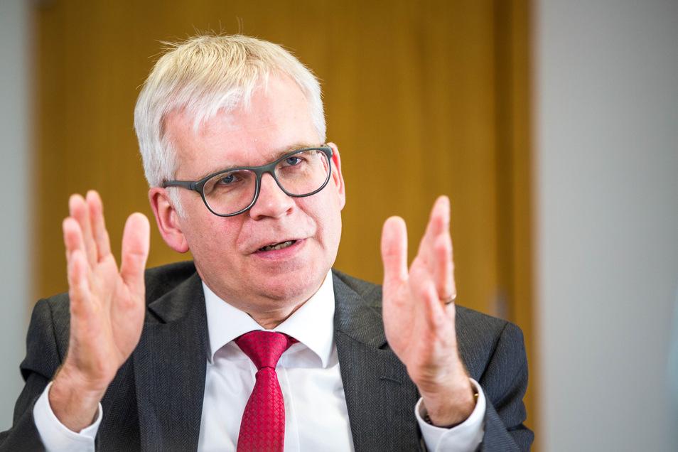 Die Wahl von Hartmut Vorjohann (CDU) hat Gerichte beschäftigt. Jetzt ist er weg, das Verfahren eingestellt.