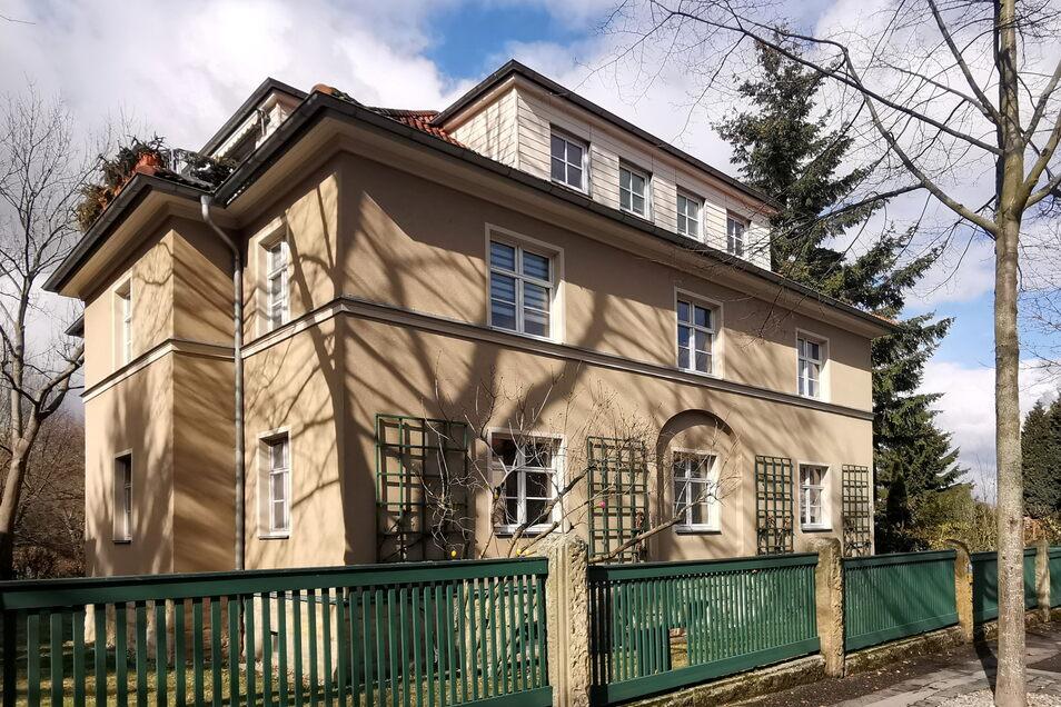 Auch dieses Haus in der Kieler Straße haben Thomas Röber und Alfred Biebl mit ihrem Unternehmen modernisiert.
