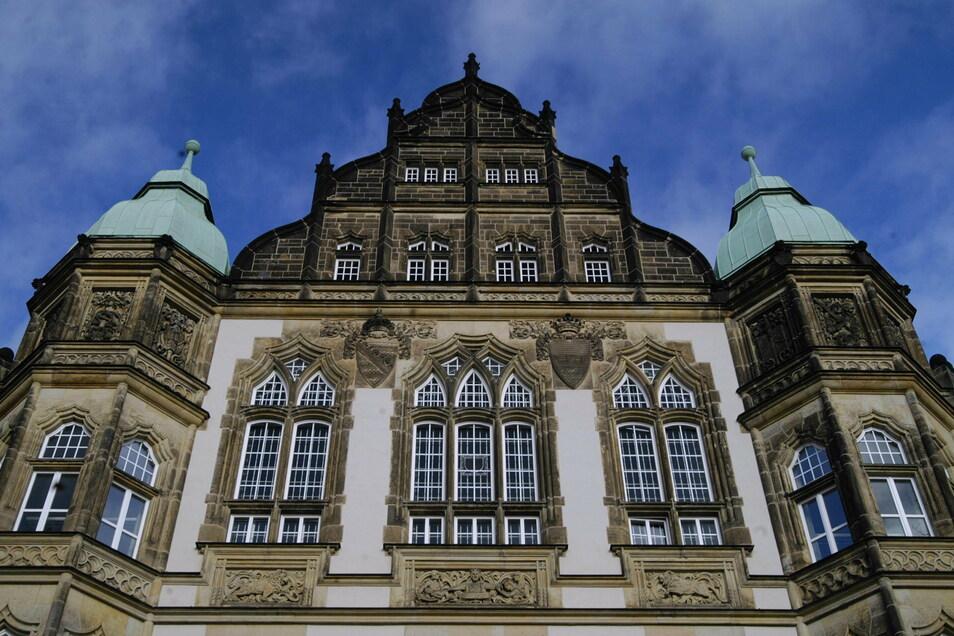 Das Gericht in Bautzen hat jetzt einen Mann aus Oppach verurteilt, unter anderem wegen einem Hitlergruß.