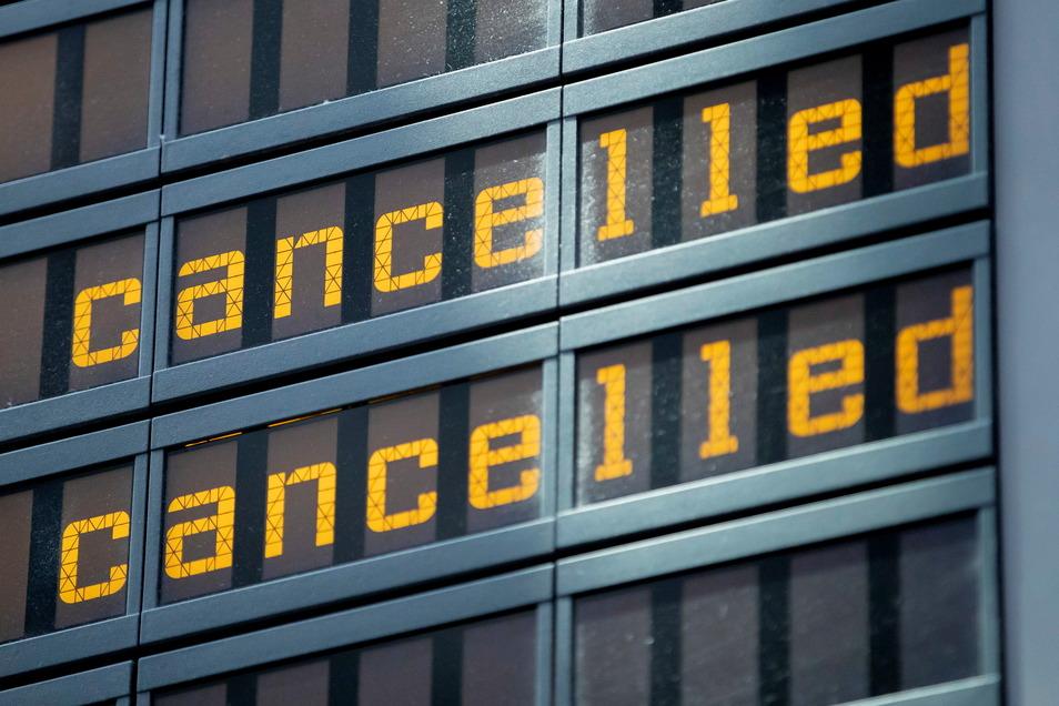 Flüge der Gesellschaften Aeroflot und S7 konnten am Mittwoch nicht stattfinden.