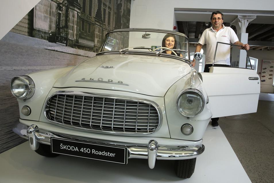 Der coole Roadster aus der Felicia-Familie von 1957. Tereza Mulac und ihr Vater würden gern damit losfahren.