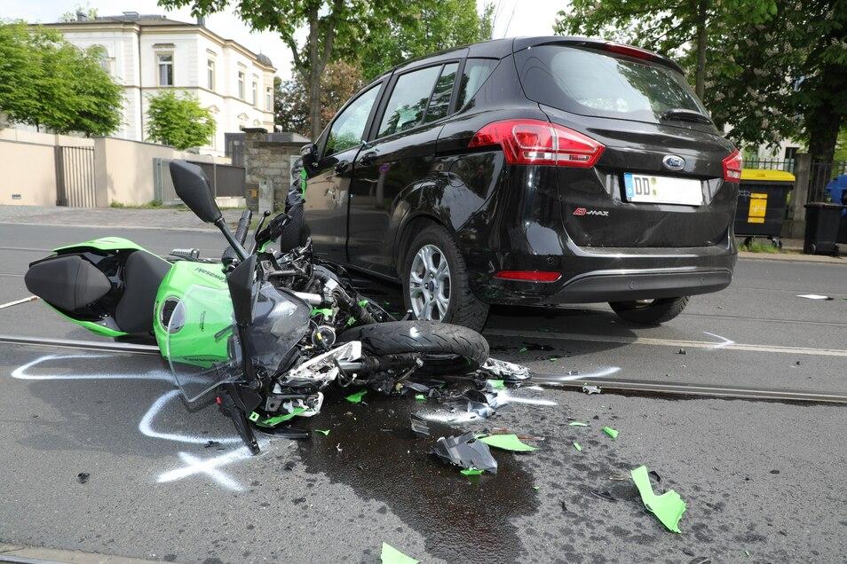 Bei diesem Unfall wurde im Mai ein Motorradfahrer in Dresden schwer verletzt.