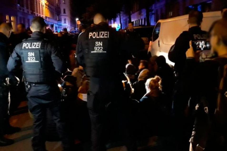 Polizeieinsatz bei Demonstration gegen Abschiebung in Leipzig am 9. Juli.