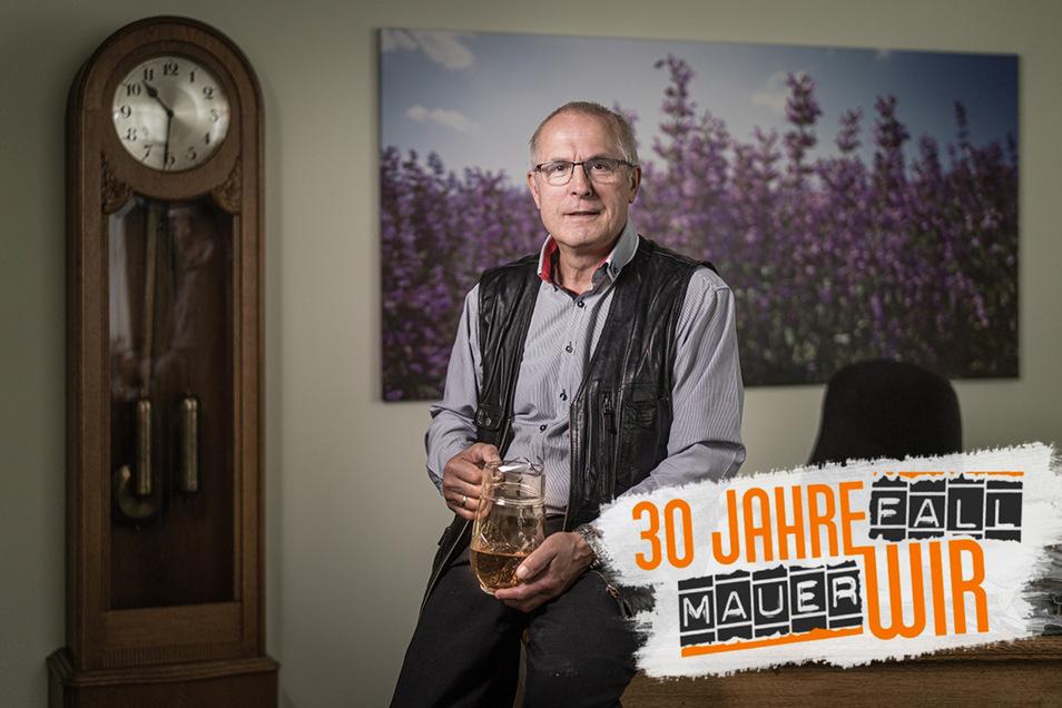 Joachim Günther,  Vorstand der Bombastus-Werke, trinkt gern mal ein Kännchen Tee.