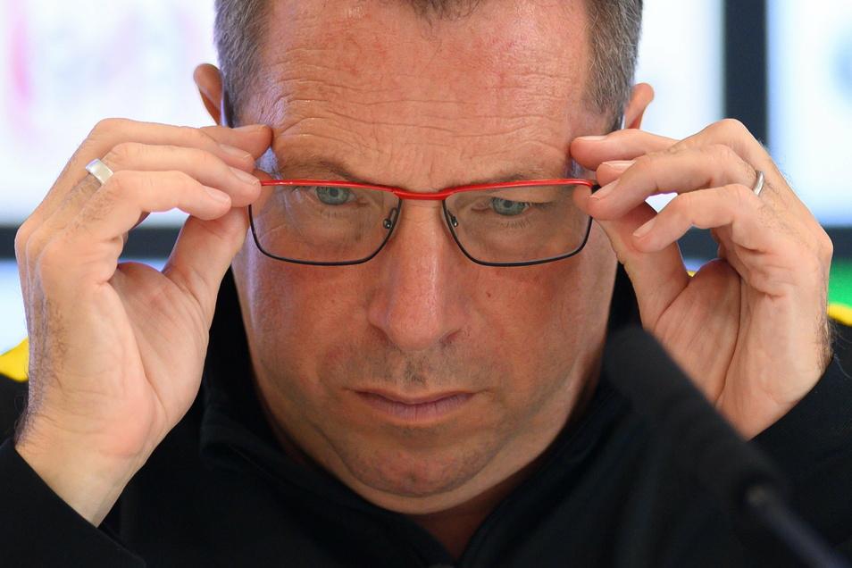 Dynamos Chefcoach Markus Kauczinski darf wieder das Training leiten - und muss sich Gedanken machen über die Aufstellung fürs Spiel gegen Bayern München II.