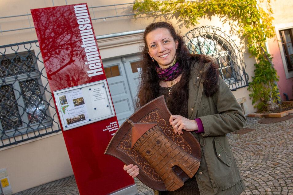 Noch steht Kathrin Penndorf vor dem Museum, doch bald hofft sie, die Besucher endlich drinnen begrüßen zu können.