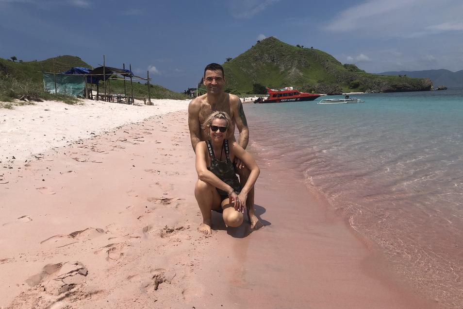 Nach ihren Aufenthalten in der Wildnis entspannten Doreen Boden und Renee Läßig noch am balinesischen Strand. Aufgrund der Corona-Krise und der abgesagten Rückflüge sogar einige Tage länger als ihnen lieb war. Fotos (alle): privat