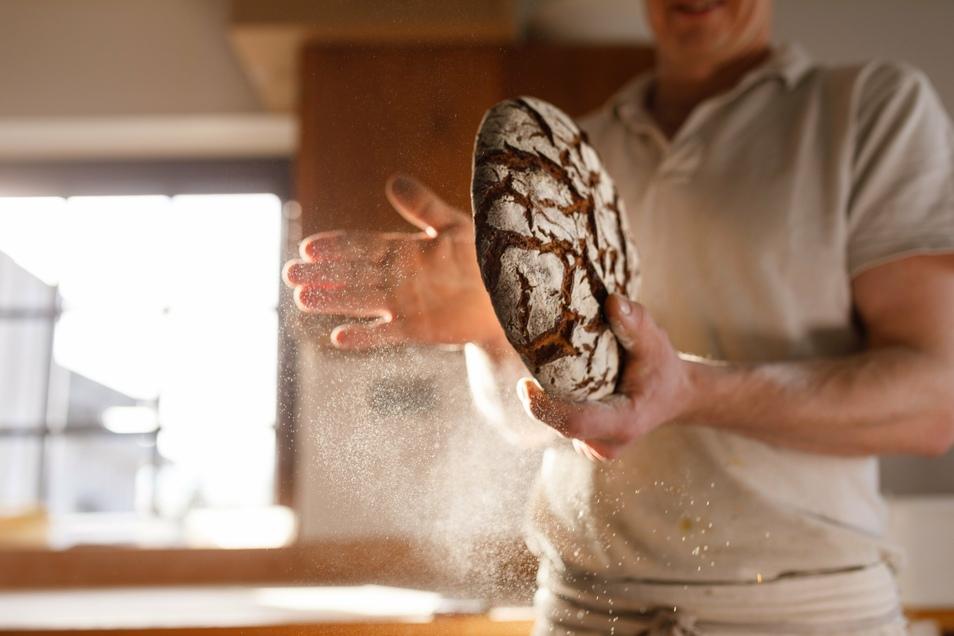 Im neuen Ausbildungsjahr gab es mehr Zuspruch für Berufe wie Dachdecker, Maurer und Bäcker.