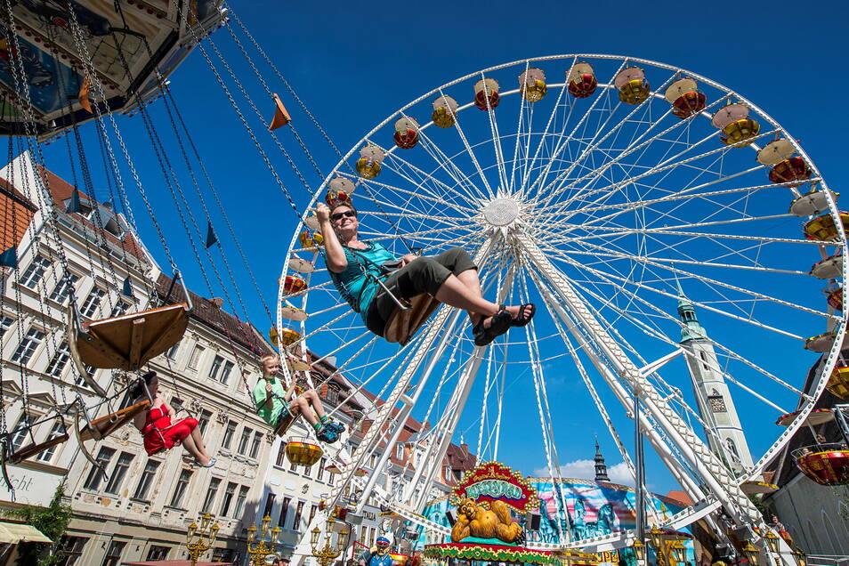 Beim Altstadtfest ist das Riesenrad von Familie Probst seit vielen Jahren dabei.