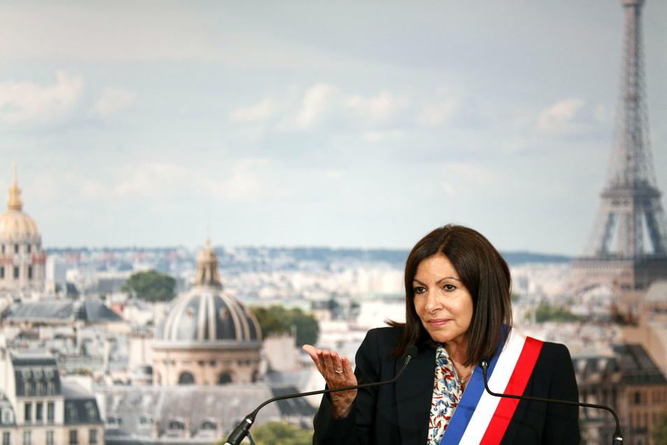 """""""Das Schöne an der Bürokratie ist, dass sie absolut kein Unterscheidungsvermögen kennt und deshalb alles wagt"""": Anne Hidalgo, Bürgermeisterin von Paris."""